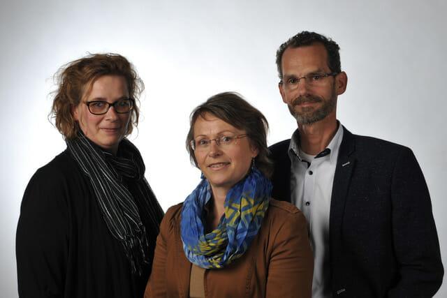 Annet, Carina en Peter van morendo uitvaartzorg
